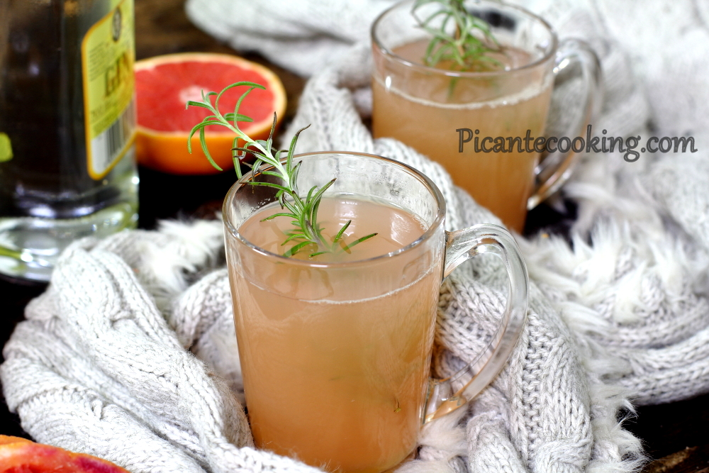 Hot Toddy z grejpfrutem i dżinem