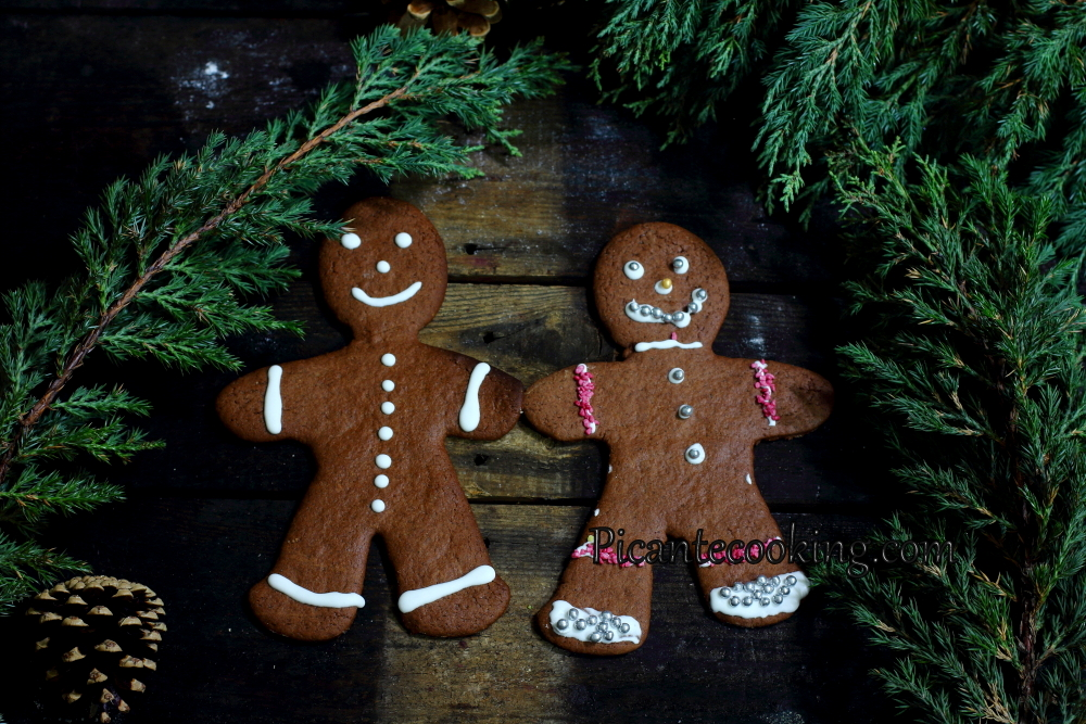 chocolate gingerbread12.JPG