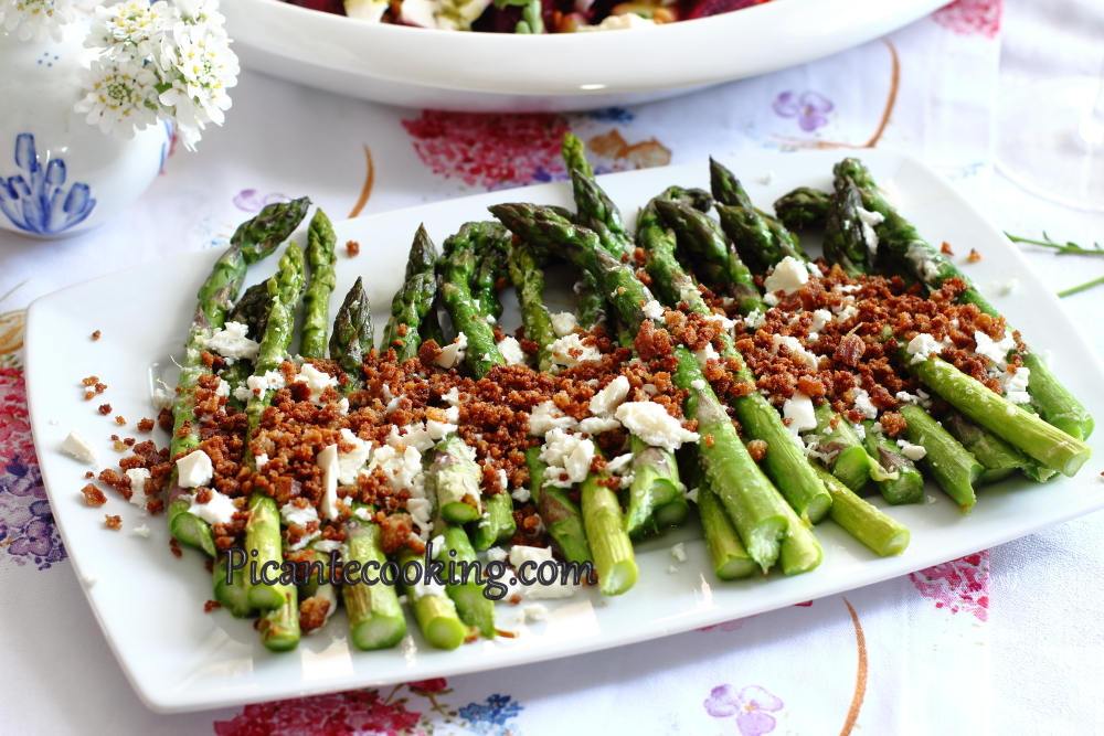 Asparagus_with_breadcrumbs5.JPG