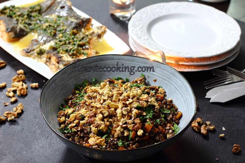 lenthils_with_carrots_and_walnut5.JPG