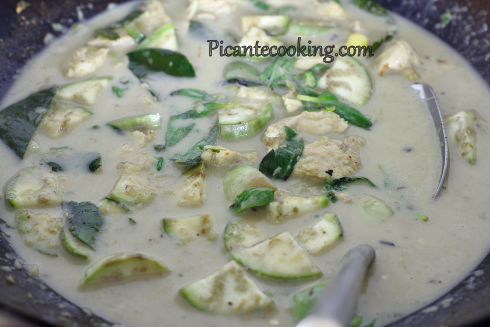 Green curry chicken6.JPG