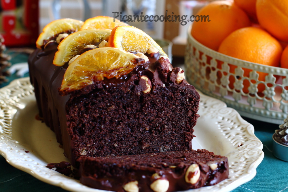 Chocolate cake with nuts22.JPG