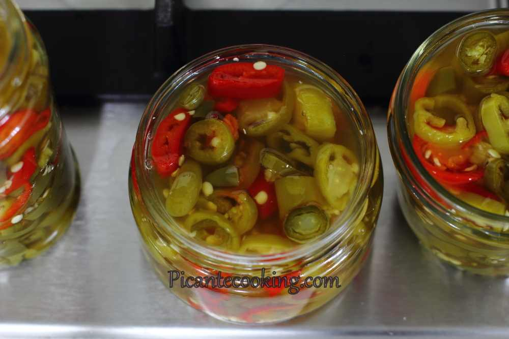 Spicy_pickled_pepper3.JPG