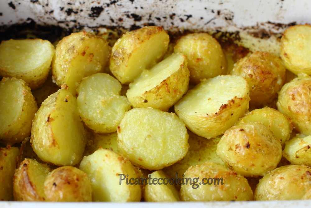New_potatoes_with_parsley5.JPG