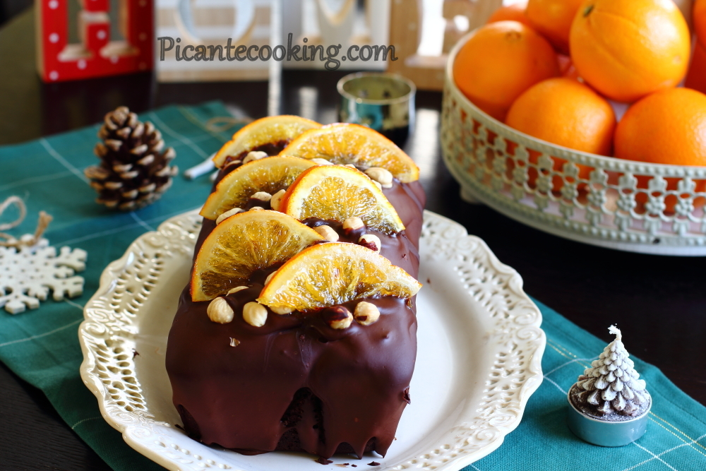Chocolate cake with nuts13.JPG