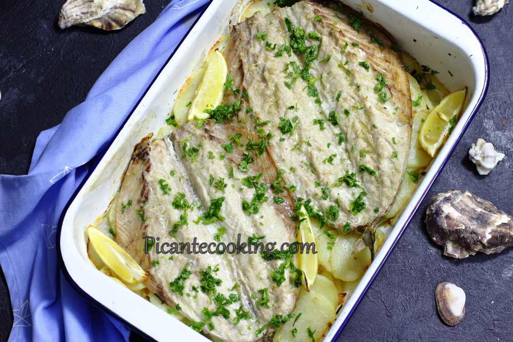 Mackerel_on_potatoes9.JPG