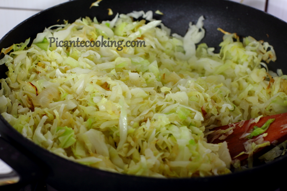 cabbage with prunes2.JPG