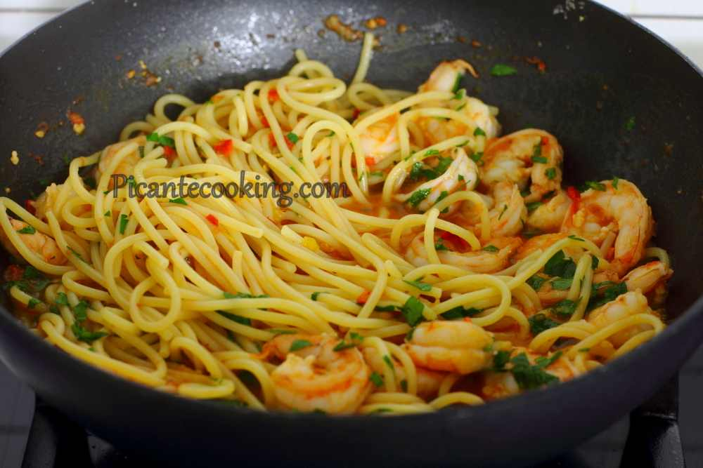 Shrimp_chili_pepper_pasta8.JPG
