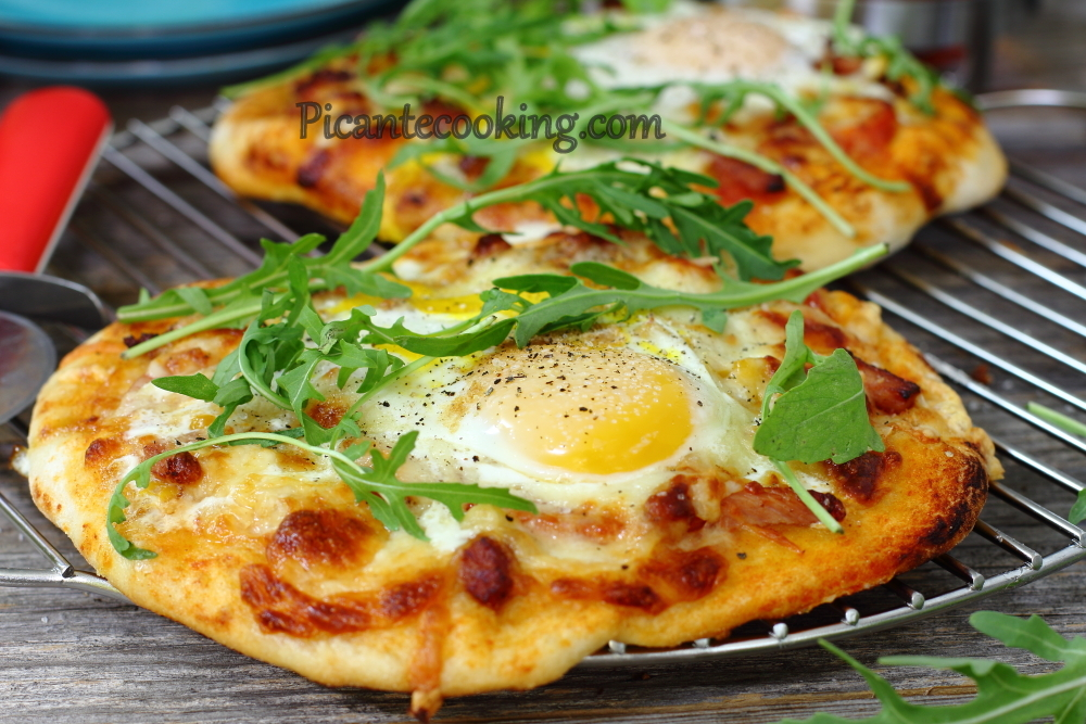 breakfast pizza11.JPG