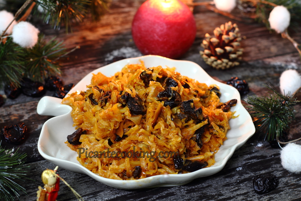 cabbage with prunes9.JPG
