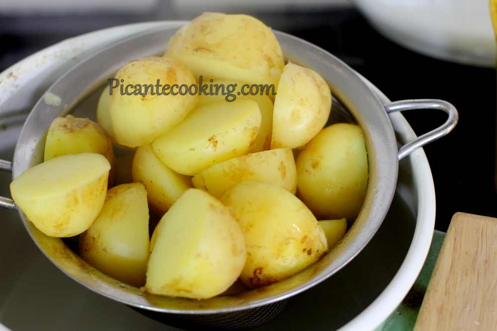 New_potatoes_with_parsley3.JPG