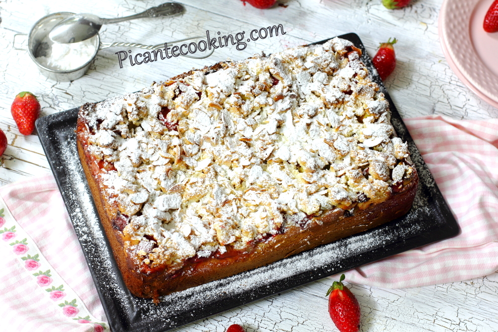 strawberry_rhubarb_yeast_cake14.JPG