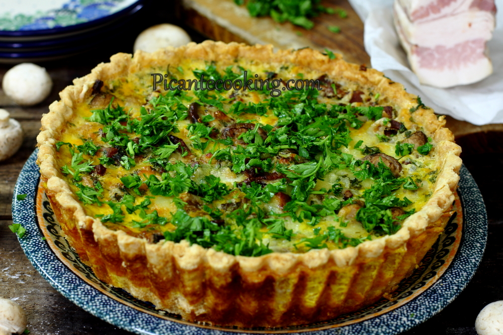 Mushroom_and_bacon_pie13.JPG