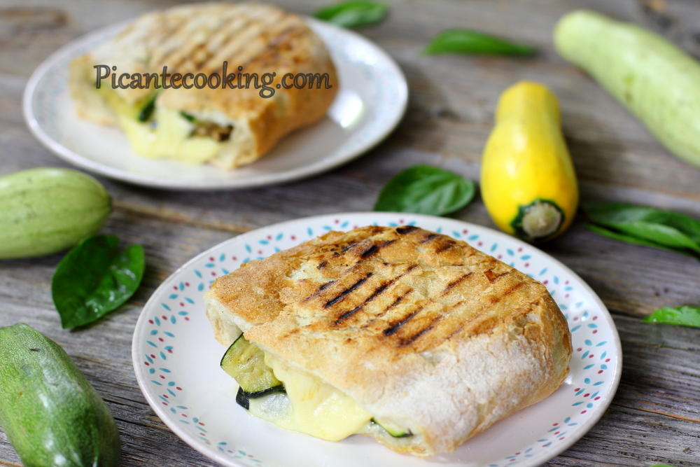 Grilled vegetables panini6.JPG