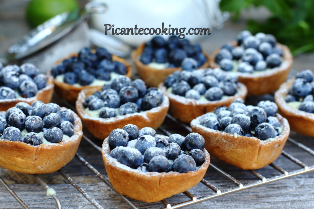 mascarpone bluberries tartlets8.JPG