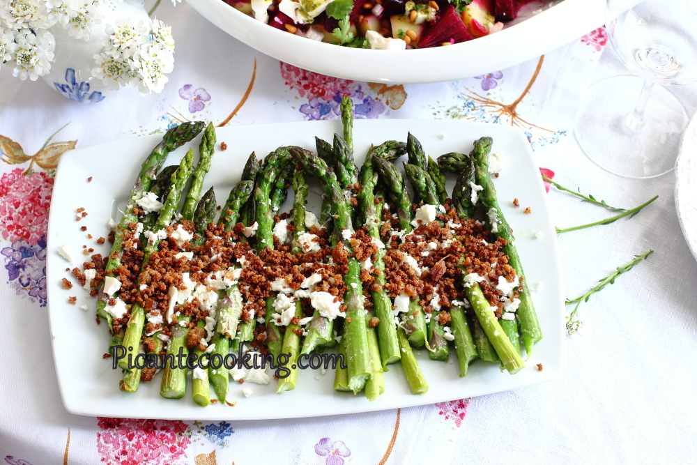 Asparagus_with_breadcrumbs9.JPG