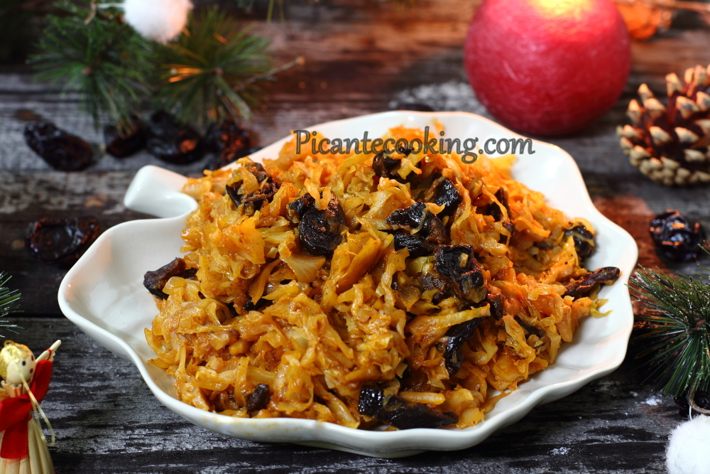 cabbage with prunes6.JPG