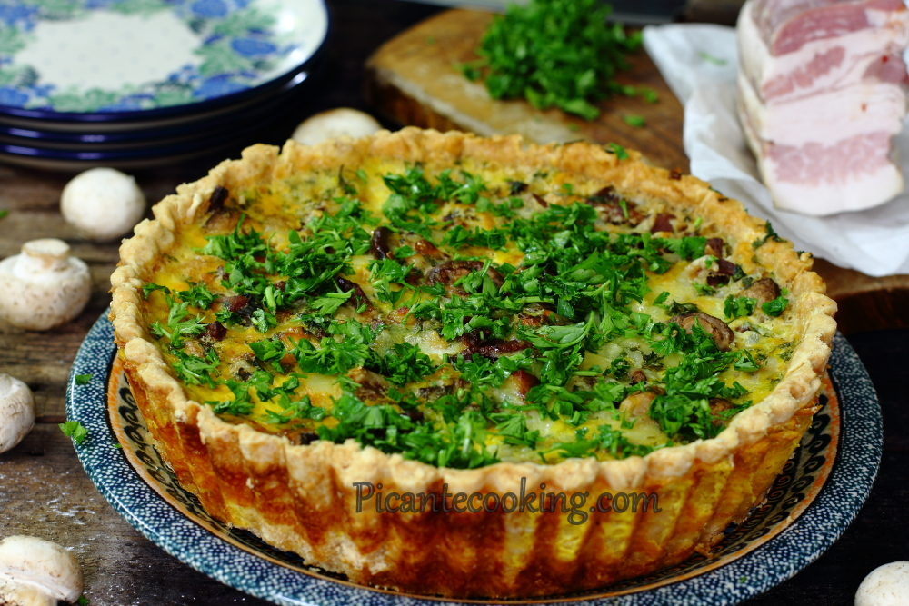 Mushroom_and_bacon_pie9.JPG