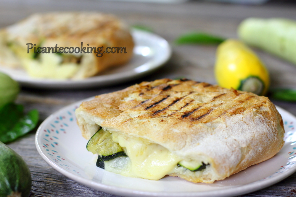 Grilled vegetables panini5.JPG