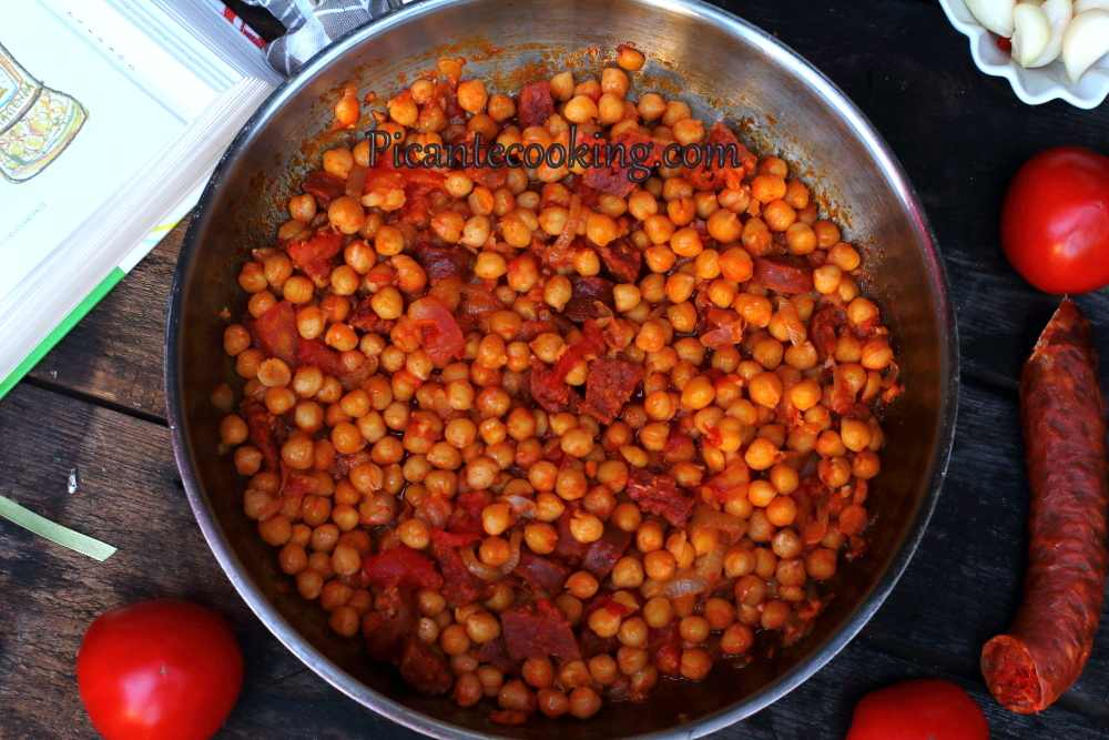 Spanish_chickpea_with_chorizo7.JPG