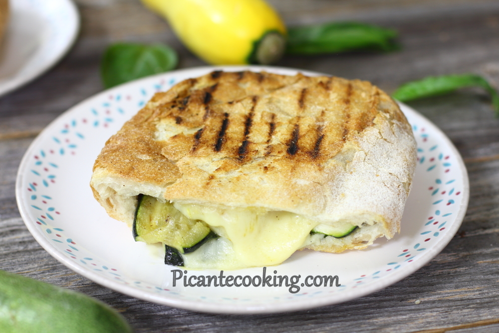 Grilled vegetables panini7.JPG