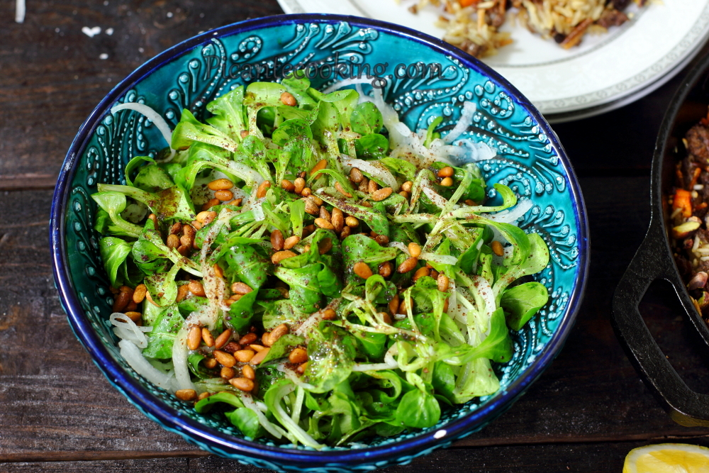 Salat with pinenuts9.JPG