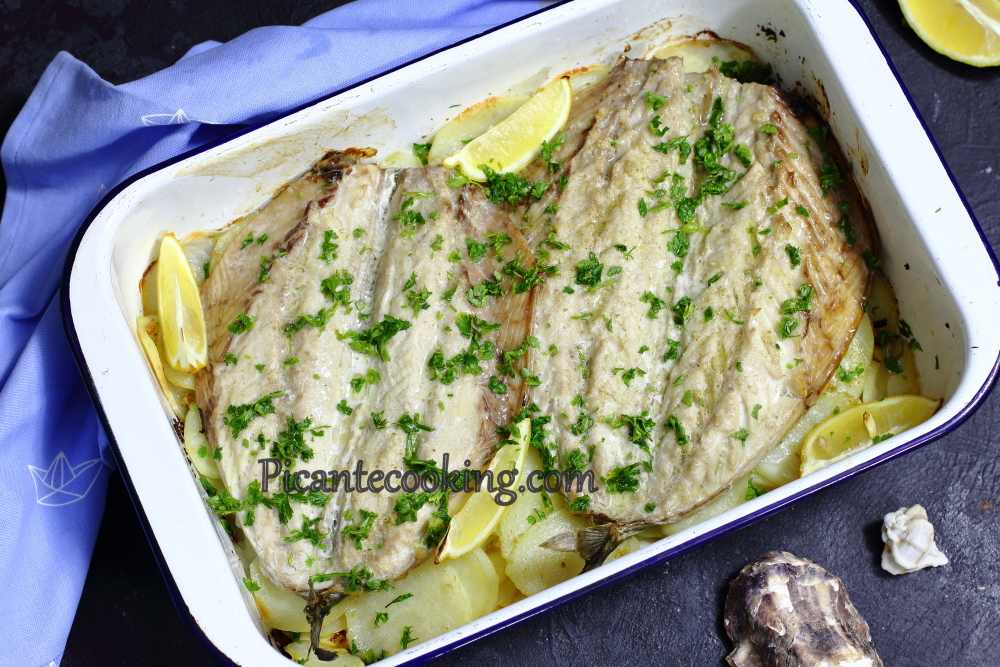 Mackerel_on_potatoes8.JPG