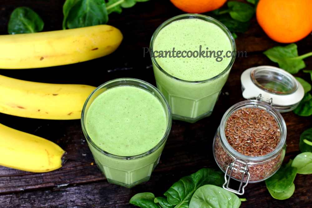 Smoothy_with_banana_and_spinach6.JPG