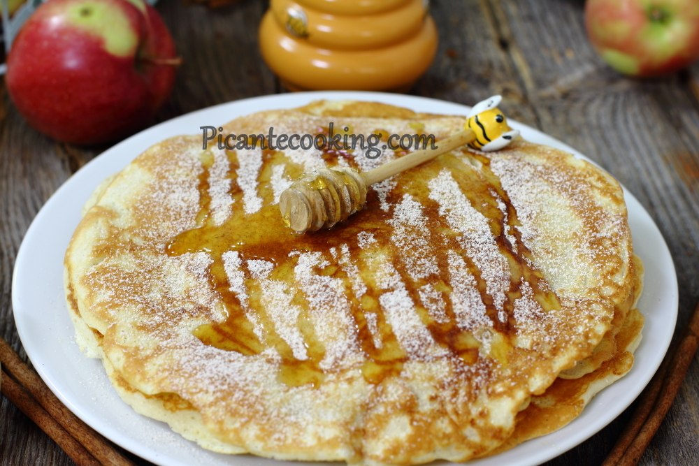 Latvian apple pancakes15.JPG