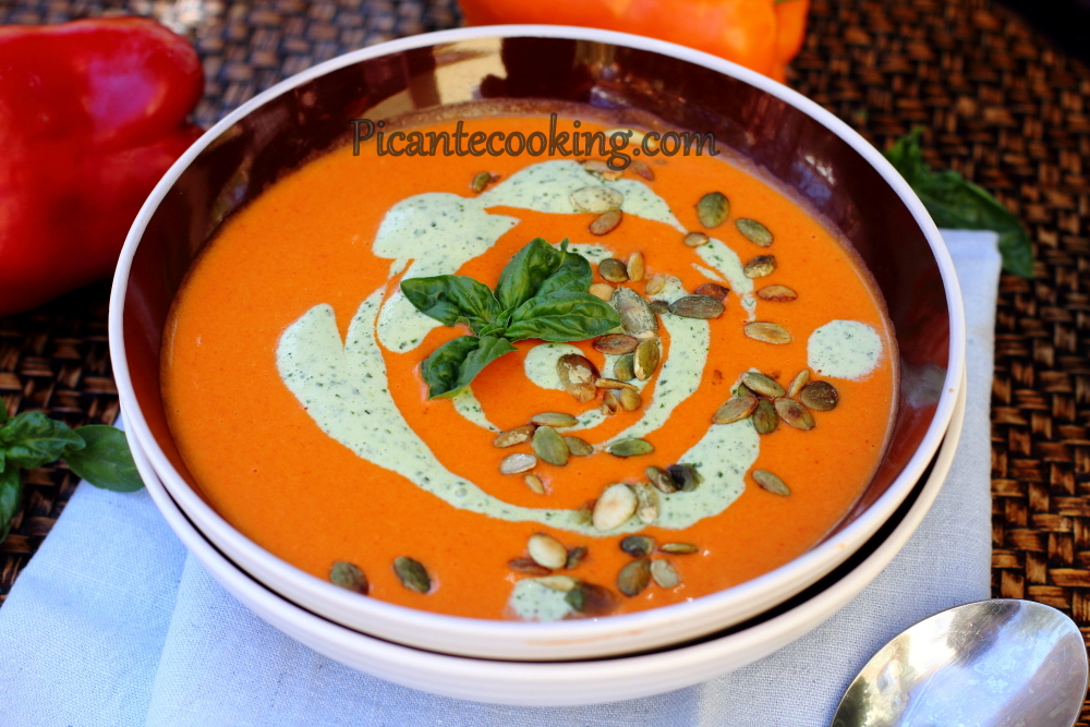 roast peppers soup12.JPG
