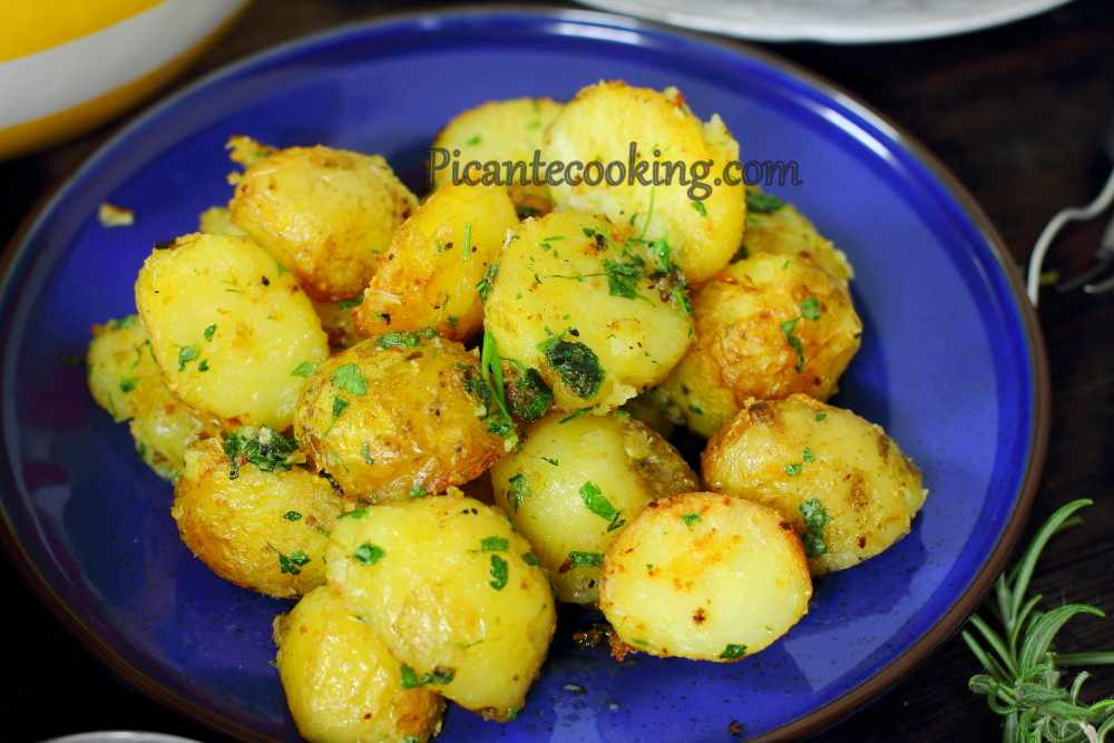 New_potatoes_with_parsley9.JPG