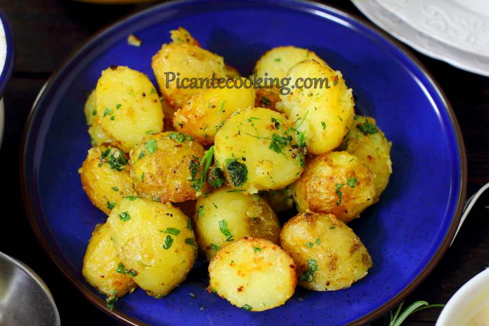 New_potatoes_with_parsley8.JPG