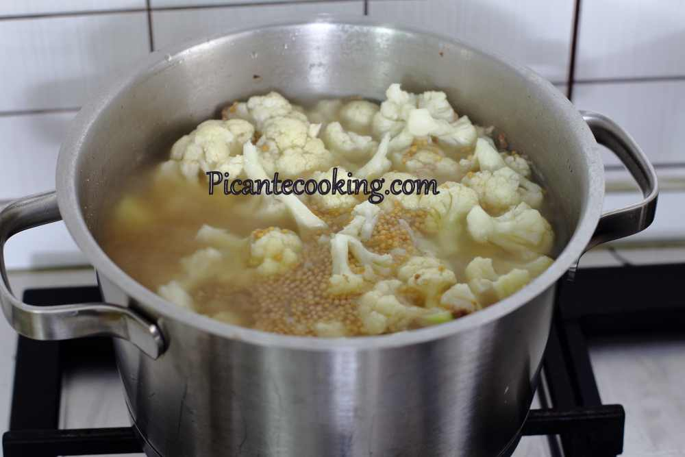 cauliflower_soup4.JPG